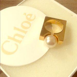 Chloe pearl ring
